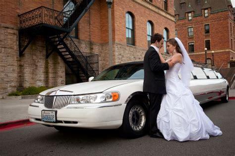 Wedding Limo Service: Wedding Limousine Rentals in Toronto