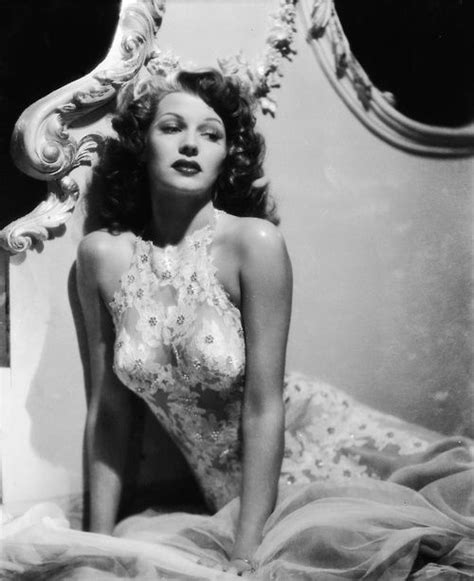 old hollywood on pinterest old hollywood glamour old hollywood rita hayworth old hollywood glamour classic pinterest