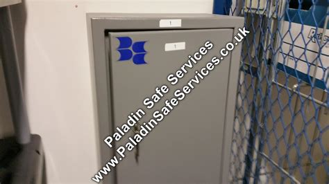 gun cabinet key replacement brattonsound gun cabinet lost paladin safe services