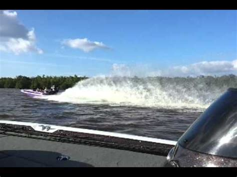 fastest bass boat youtube fast bullet tuesday vyhled 225 v 225 n 237 beatzone cz