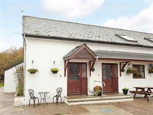 Hoseason Cottages by Hoseasons Cottages Forest Of Dean Cottages Foxes