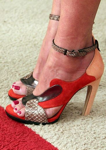 In Shoes What Not To Wear On Your On by 97 Best Images About What Not To Wear On