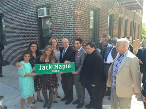 jack maple biography queens ledger jack maple crime fighter memorialized with