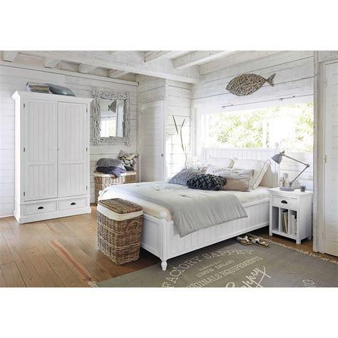 letto a legno bianco letto bianco 140 x 190 in legno bianco newport maisons