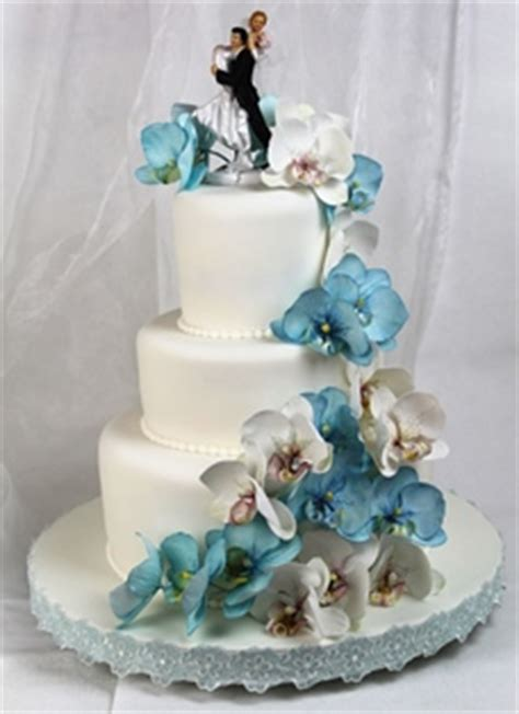 Hochzeitstorte Grau by Blaue Torten Hochzeitstorte Mit Orchideen
