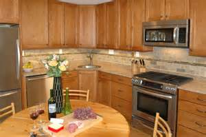 Wall Colors For Kitchens With Oak Cabinets by Slate Appliances With Maple Cabinets Galleryhip Com
