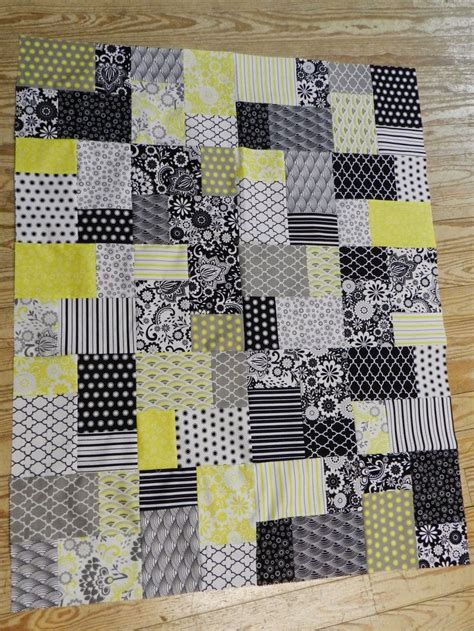 layer cake quilts ideas  pinterest layer cake