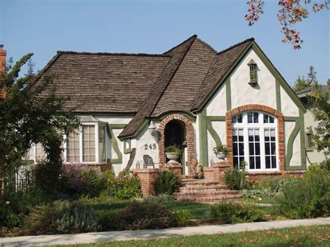 tudor bungalow tudor style bungalow city home exteriors pinterest windows and doors the o jays and window