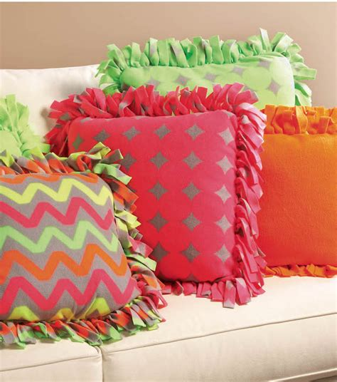 How To Make No Sew Throw Pillows by Diy Fleece Fabric Craft Ideas Diy Projects Craft Ideas