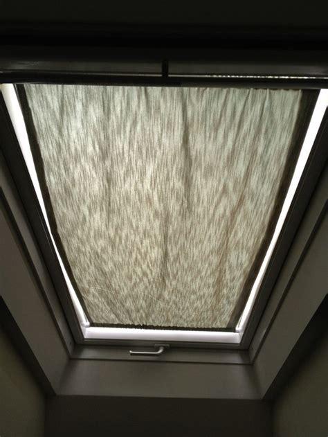 Skylight Window Shades Best 25 Skylight Covering Ideas On Skylight