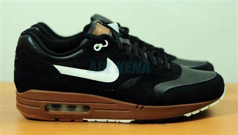 Sepatu Nike Air 1 Brown Premium Quality nike air max 1 premium black brown white 2012