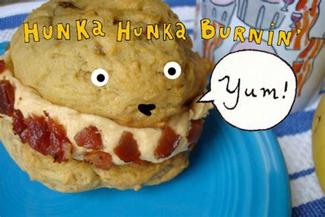 Shoon Fatt Lavish Peanut Butter Sandwich hunka hunka burnin yum elvis whoopie pie recipe for