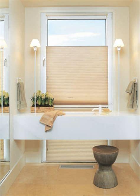Bathroom Window Coverings Ideas by Best 25 Bathroom Window Treatments Ideas Only On