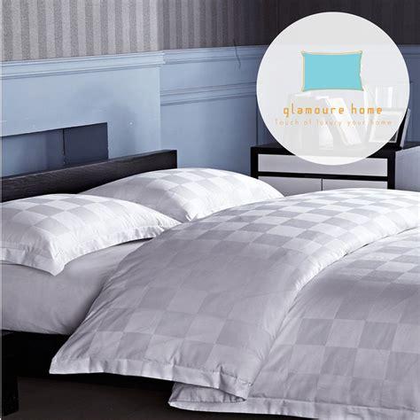 Sprei Ukuran 200x200 jual sprei hotel jackquar hotel kingkoil square edition