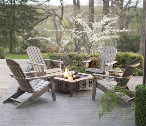 Adirondack chairs around fire pit fire pit design ideas