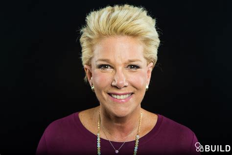 joan lundon haristyles short hair don t care joan lunden is chic cheerful and