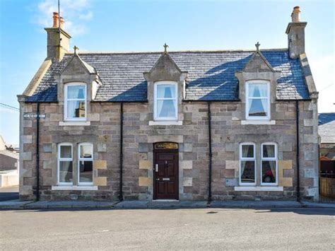Cottages In Lossiemouth by Elgin And Buckie Cottages Cullen Lossiemouth