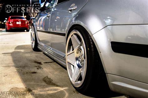 wheel offset  volkswagen jetta hellaflush dropped  custom rims custom offsets