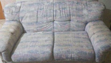 cerco divano in regalo regalo divano 3 posti guardiagrele