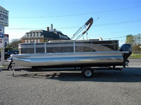 used pontoon boats for sale east tn pontoon new and used boats for sale in tennessee