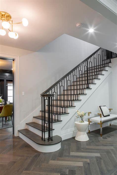 Handrail Banister Sneak Peek Drew And Linda S Honeymoon House Property