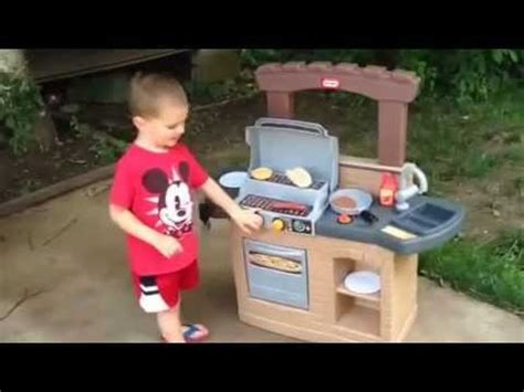 little tikes backyard barbecue little tikes cook n play outdoor bbq grill mom spotted