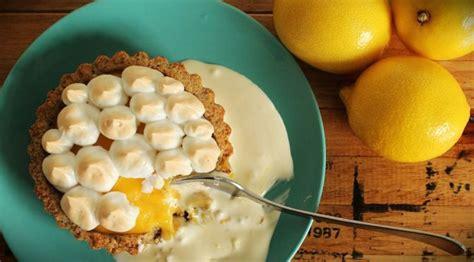 River Cottage Lemon Tart by Lchf Lemon Meringue Pie Aka Lmp Omg Meringue Lemon