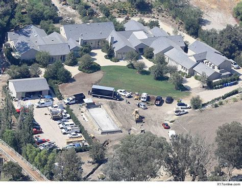 kim kardashian west fire flames from california wildfire on property of kim