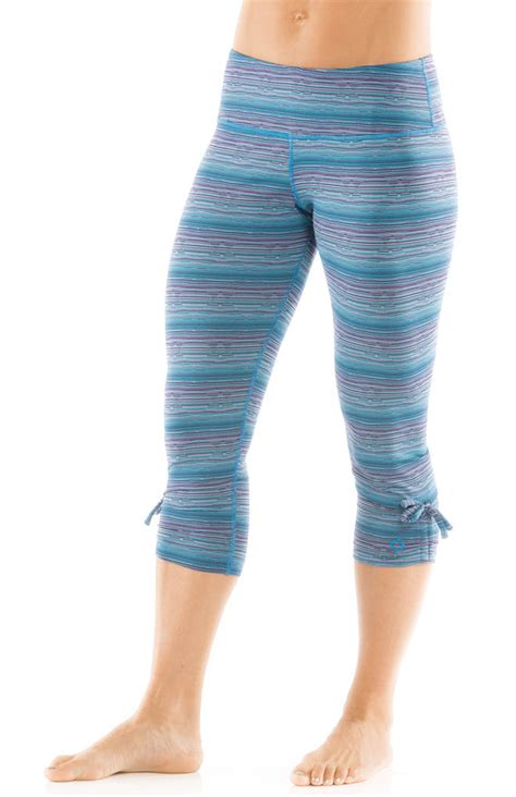 moving comfort pants moving comfort urban gym capri pant 300470 moving