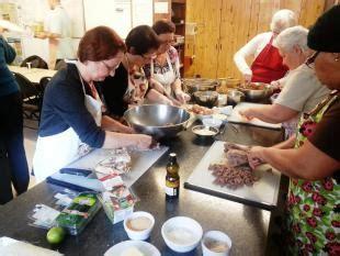 mat駻iel de cuisine collective l autonomie alimentaire encore une affaire de femmes