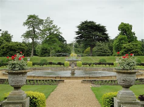 jardines ingleses jardin formal viaje a visitar jardines ingleses