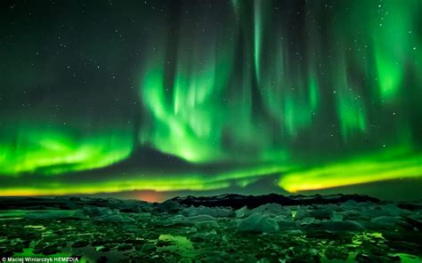 best lights in photographer captures the northern lights way and