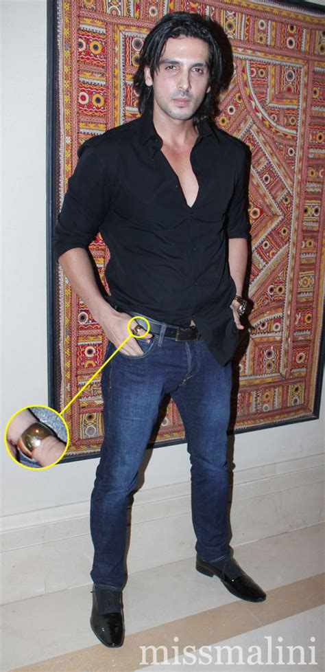 Is Zayed Khan Bringing Back the Thumb Ring? | MissMalini
