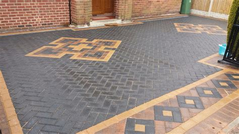 Mixed Patterns by Block Paving Driveways Mansfield Central Paving