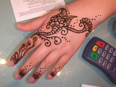 design henna kaki simple mehndi design simple henna design simple mehndi