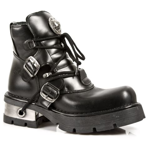 black leather ankle boots with laces