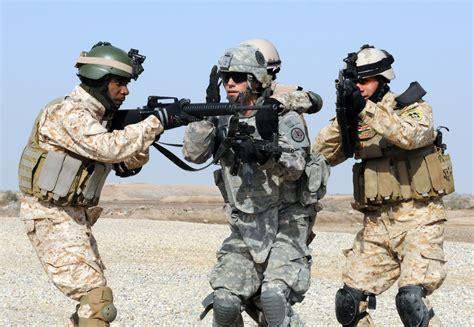 R 2004 Ala Army file flickr the u s army squad drill jpg wikimedia