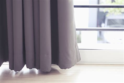 how long should my curtains be how long should the curtain be