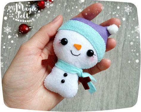 apreciamos un rbol de navidad hecho de nieve en su inferior con m 225 s de 1000 ideas sobre ornamentos de 193 rbol de navidad en