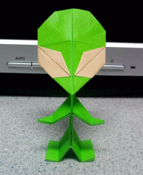 Origami Ufo - origami 1 by theorigamiarchitect on deviantart