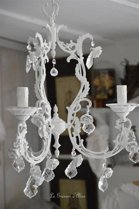 lustre romantique lustre aux roses shabby chic le grenier d