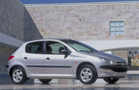 peugeot 206 xt peugeot 206 1 4 xt 1 photo and 59 specs autoviva com