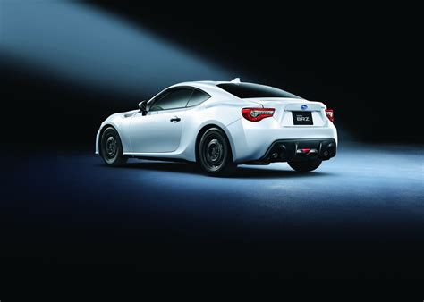 brz subaru jdm japan gets 2017 subaru brz gt range topper carscoops com