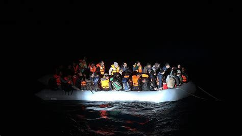refugee boat dead syrian woman dies as refugee boat capsizes in aegean