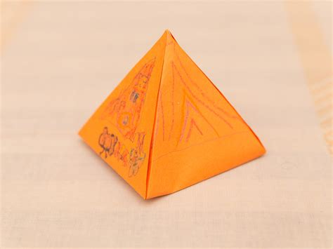 How Do You Make A Pyramid Out Of Paper - how to make a paper pyramid 15 steps with pictures