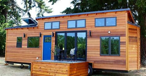 tiny house for 5 do the math this 33 ft long tiny house sleeps five