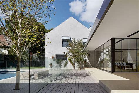 modern house renovation by b e architecture
