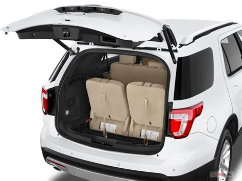 ford explorer trunk space 2016 ford explorer pictures trunk u s news best cars