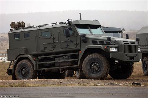 armored vehicles photos of new russian 171 patrol a 187 armored vehicle defence