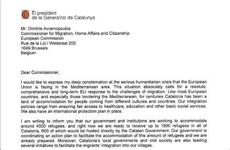 carta para envio de muestras puigdemont muestra su disponibilidad para acoger a 4 500 refugiados